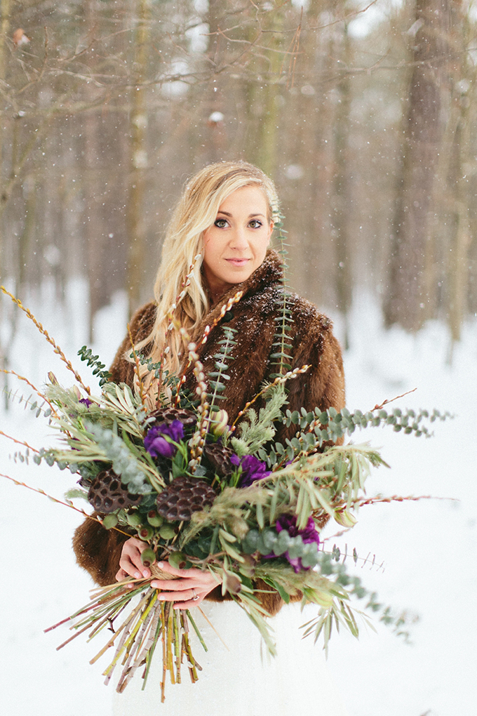 snowy-bridal-session-Nicki-Metcalf-Photography-Glamour-Grace-04.jpg