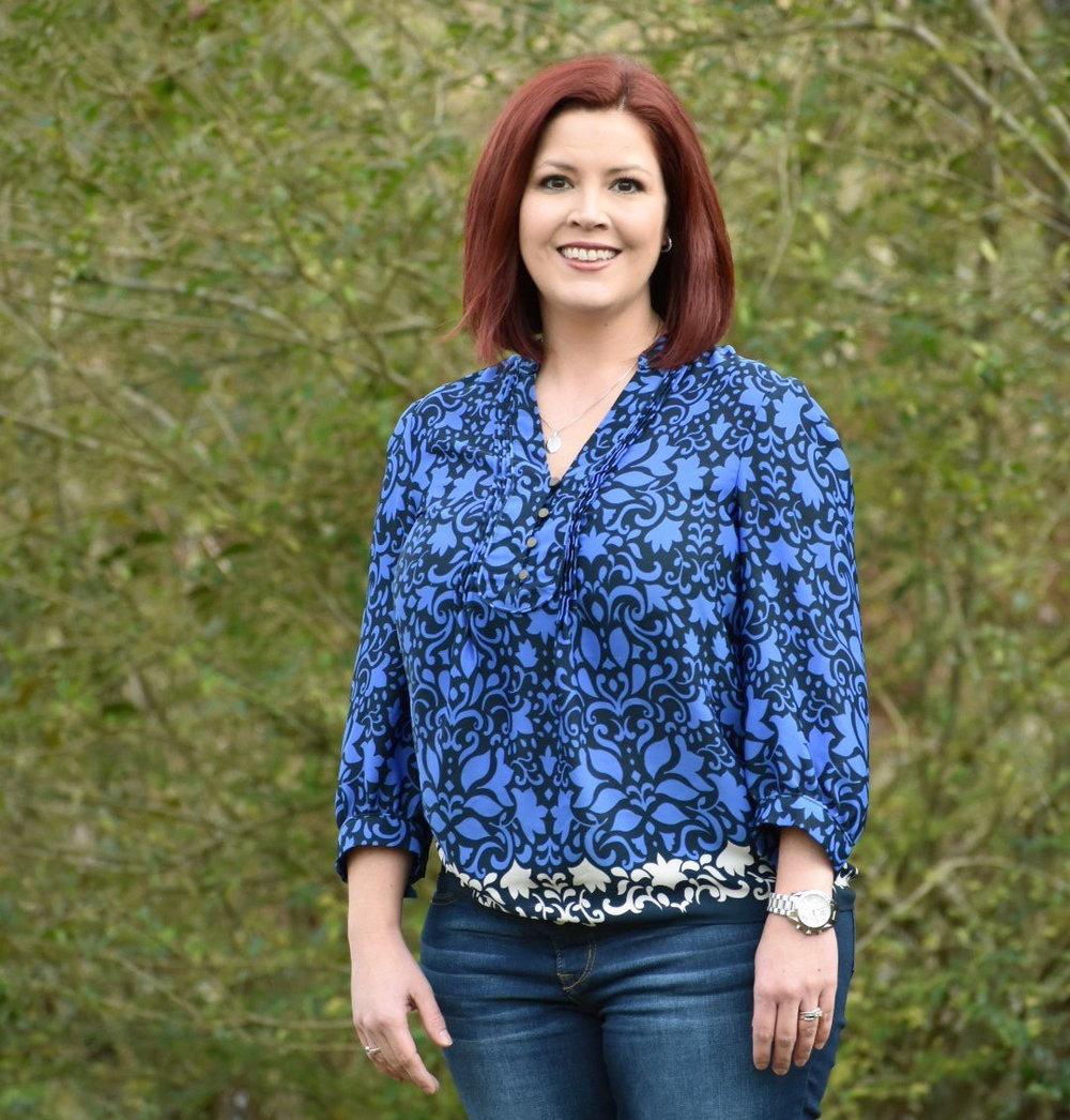 Financial Assistant - Mandy Cox