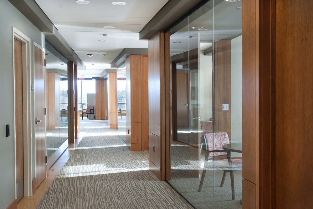 Hallway01.jpg