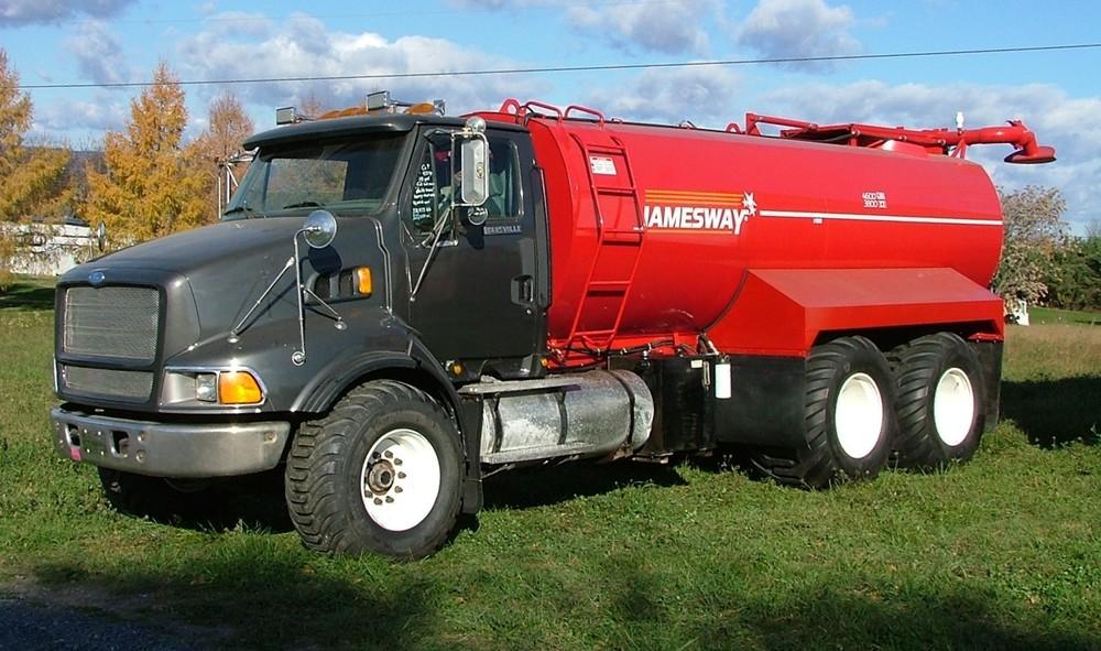 Truck tank 2.JPG