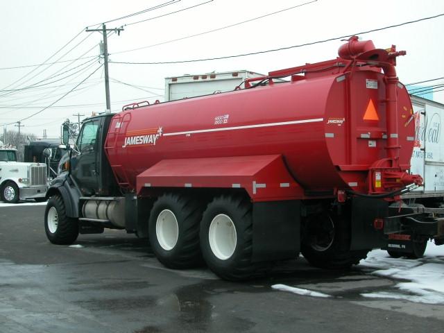 Truck Mount 4600 b.JPG