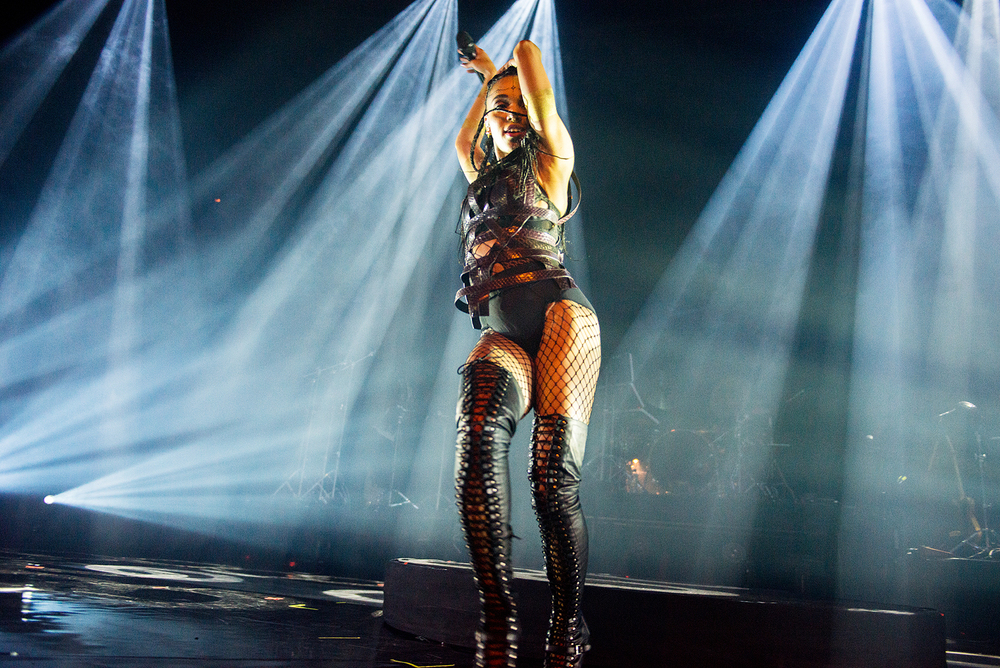FKA Twigs - Roundhouse, London 20/02/15 | Photo by Gaëlle Beri