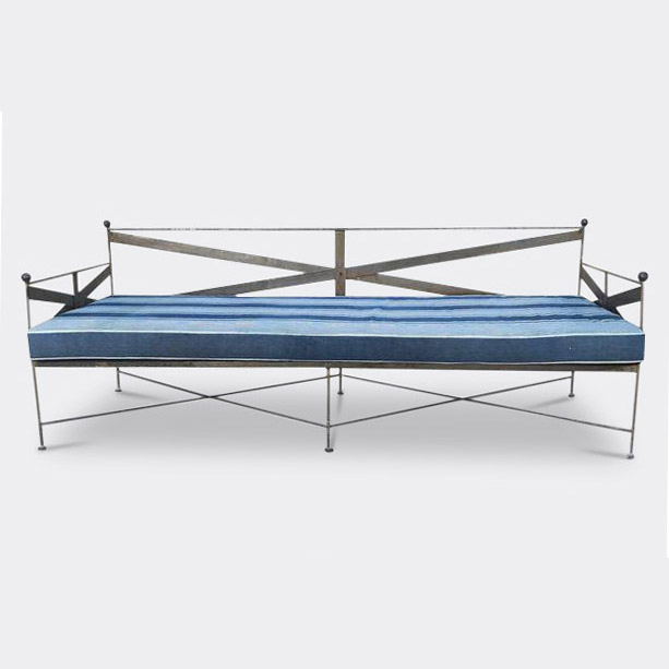 daybed-square.jpg