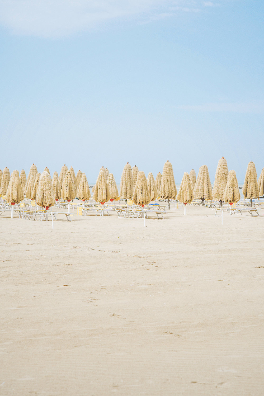 Apollo Beach Umbrellas, Pescara, 2016