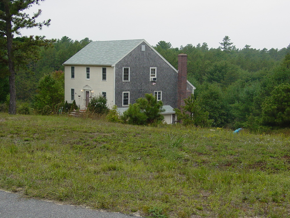 House in the wildland urban interface in Plymouth, MA – Photo by Brian Blanchard