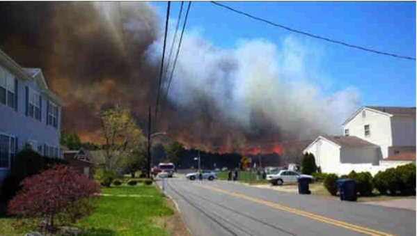 Beachwood fire, Ocean County NJ 2014 Credit: kaylaxjean5/Twitter