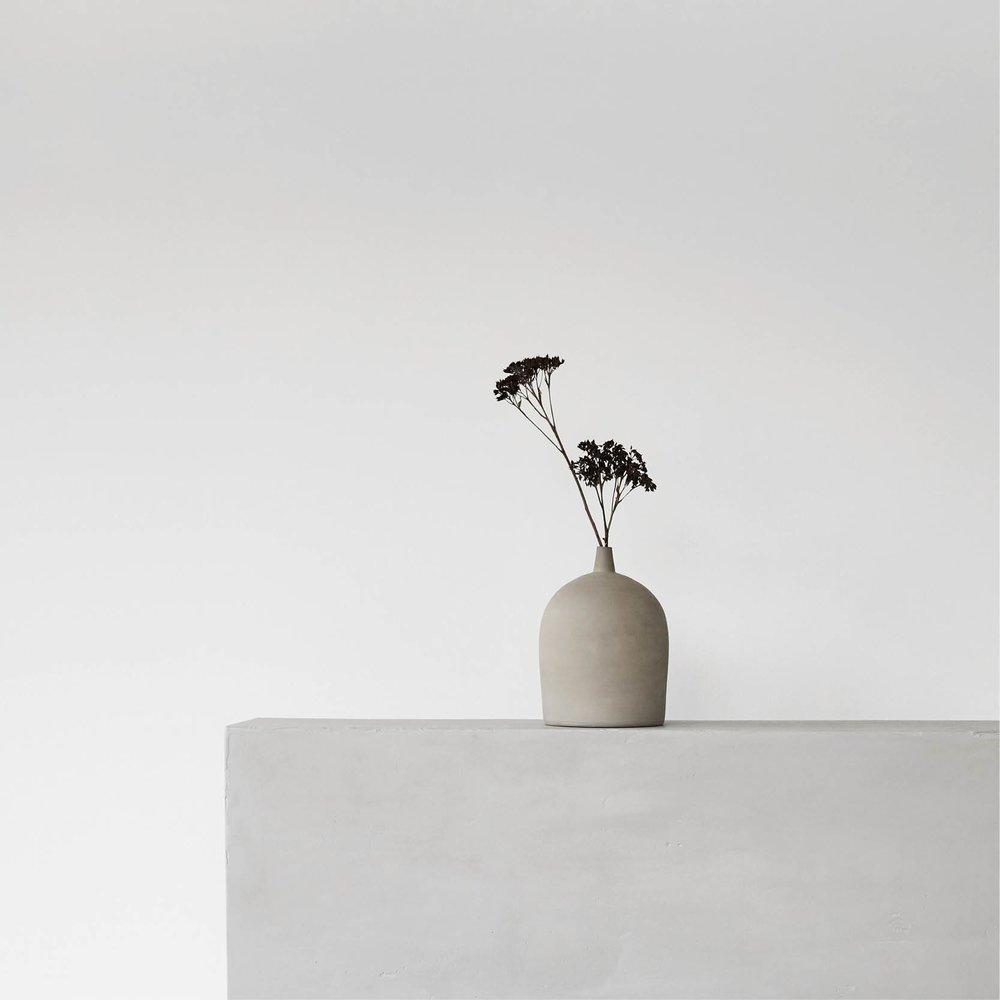 KristinaDamStudio_bowl_woodensphere_pillow_1667x.jpg