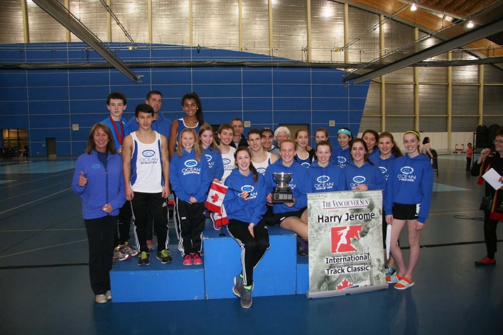 Ocean Athletics winning team in 2014