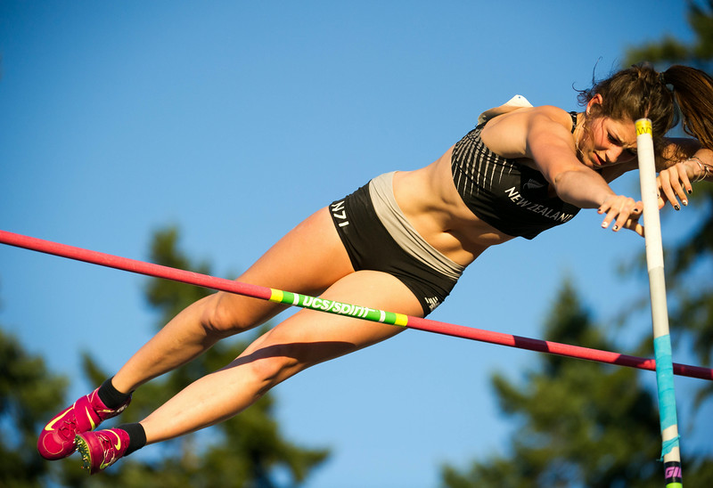 Eliza McCartney of New Zealand set new national record with 4:40m in pole vault  photo by Jeff Bell