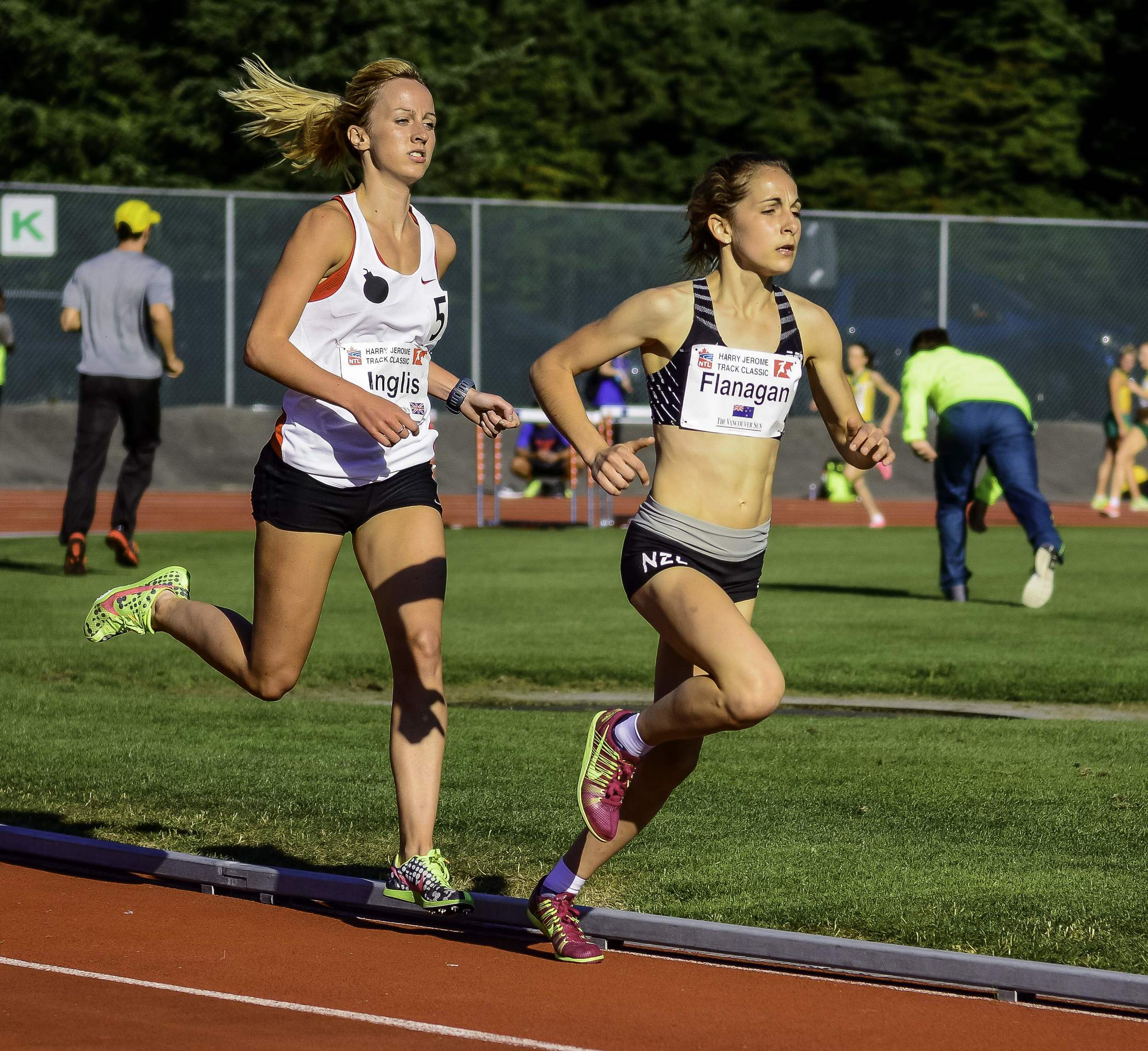 Rosa Flanagan of New Zealand leads world junior list in the mile  photo by Brian Cliff