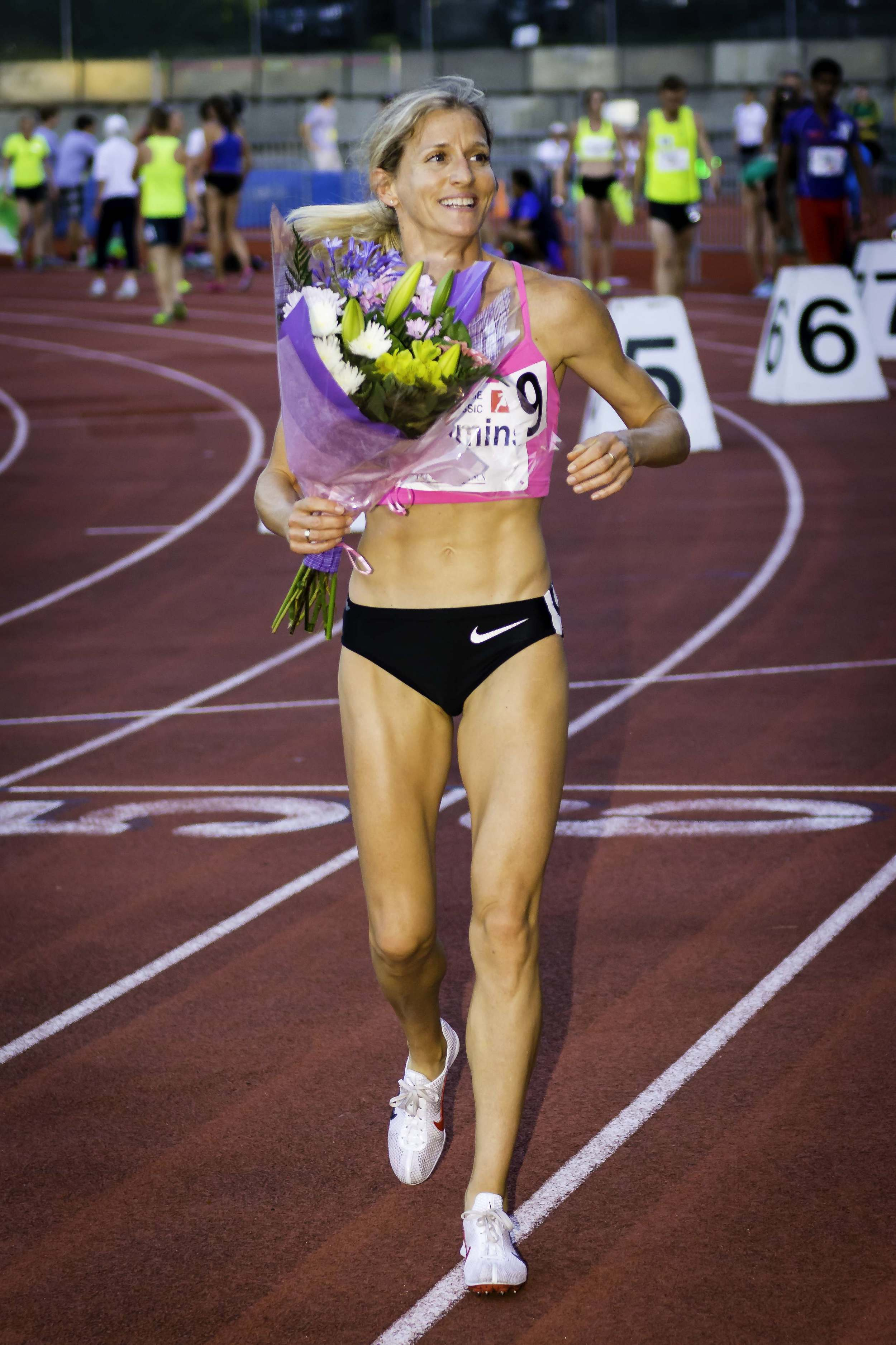 Diane Cummins retires after 18 year career and ten national titles in 800m