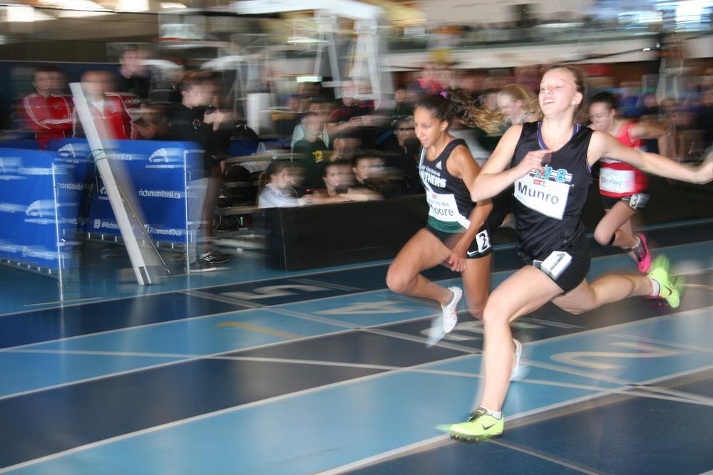 Natalie Munro wins 50m