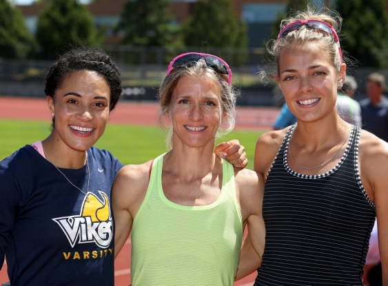 Rachel Francois on left with Canadian record holder, Diane Cummins,c centre  and Melissa Bishop