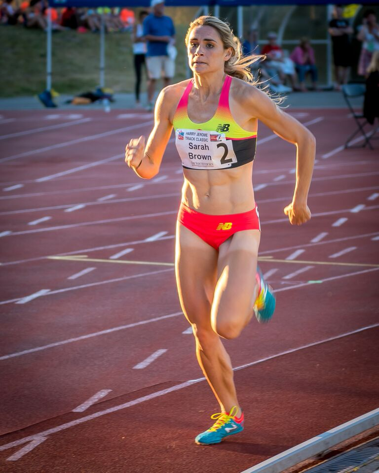 Sarah Brown dominates the 1500m  photo by Brian Cliff