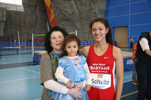 Nina Schultz with her coach Tatjana Mece and granddaughter