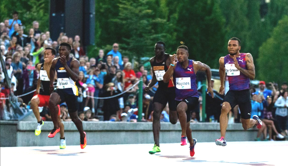 Abosi runs against De Grasse at 2017 Vancouver Sun Jerome Classic  photo by Yuri Suzuki