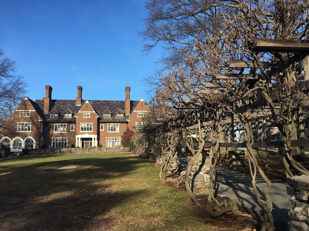 sarah lawrence college admission essay Sarah lawrence college  other features include the student-run sarah  lawrence poetry festival, the  the program offers rolling admissions thereafter.