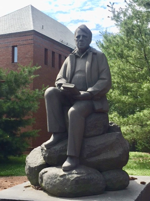 Statue of Robert Frost on campus