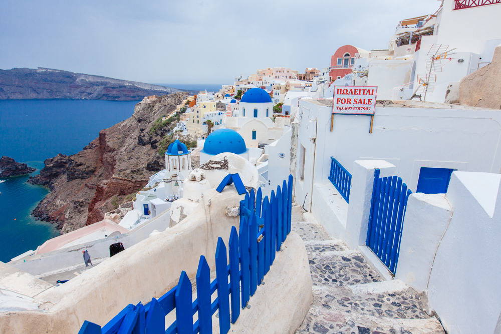 Whatever you imagine Santorini to be, it will be exactly as you picture it in your mind (or even better) when you arrive here.