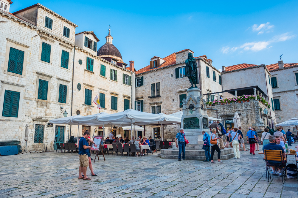 Outdoor cafes in Dubrovnik are plentiful. The weather was cool in the evenings (late May) and the air was always filled with the sound of live music.