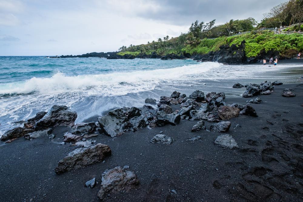 black sand beach waianapanapa maui hawaii