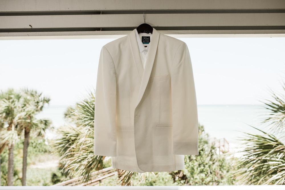 Grooms White Tuxedo for a Sarasota Wedding at the Longboat Key Club