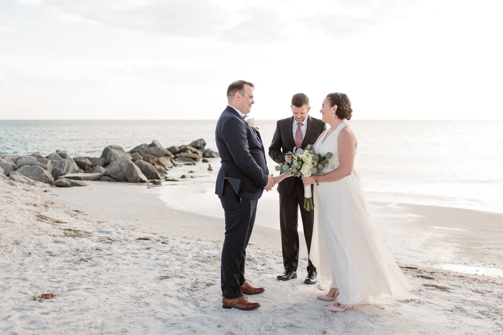 Beltran_Treasure_Island_Elopement_Tampa_Wedding_006-1.jpg