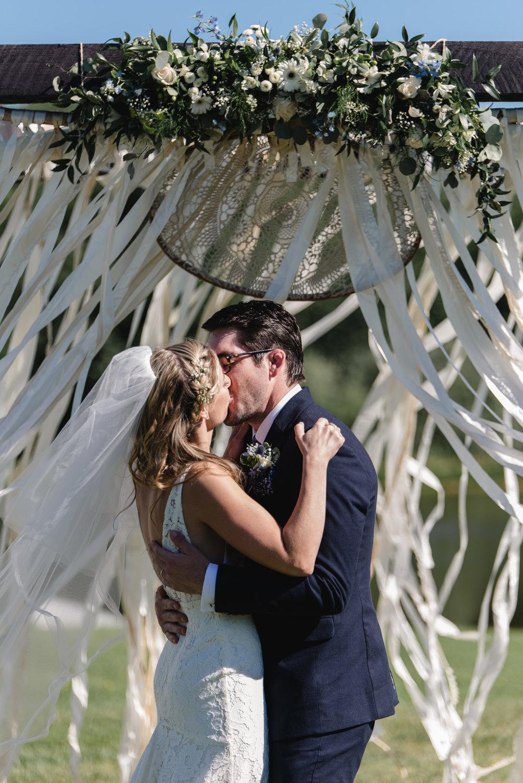 LINDSAY_WEDDING_BORN_TO_RUN_FARM_1998.jpg