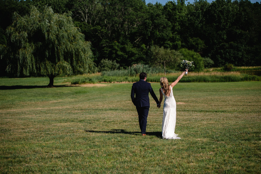 LINDSAY_WEDDING_BORN_TO_RUN_FARM_2065.jpg