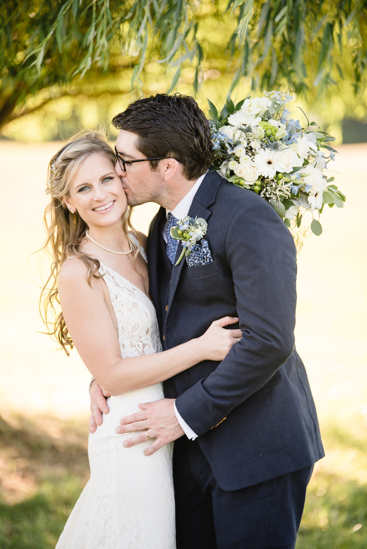 LINDSAY_WEDDING_BORN_TO_RUN_FARM_2768.jpg