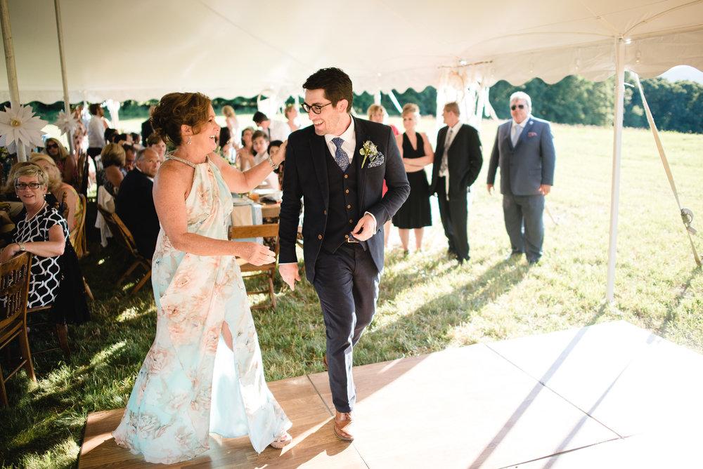LINDSAY_WEDDING_BORN_TO_RUN_FARM_3281.jpg