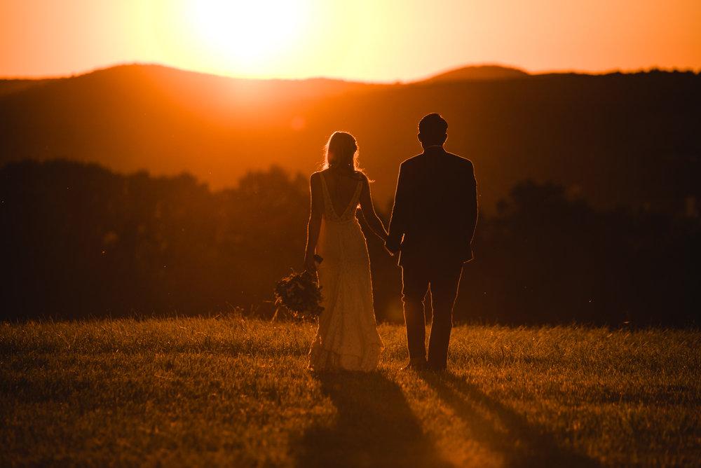 LINDSAY_WEDDING_BORN_TO_RUN_FARM_3679.jpg