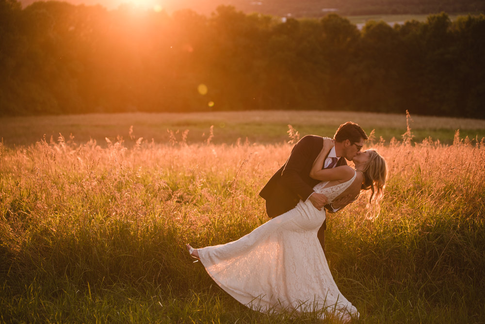 LINDSAY_WEDDING_BORN_TO_RUN_FARM_3754.jpg