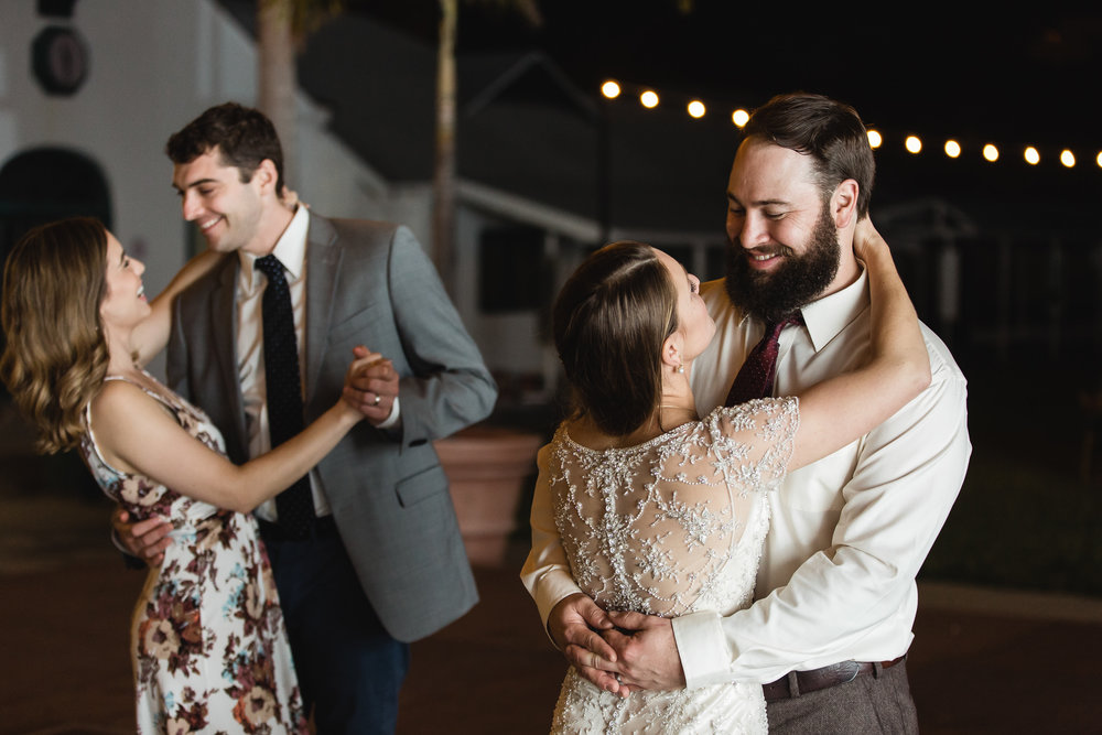 TAMPA_WEDDING_PHOTOGRAPHER_SHUFFLEBOARD_CLUB_3323.jpg