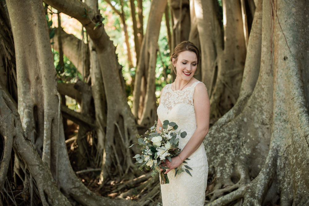 TAMPA_WEDDING_PHOTOGRAPHER_AKMZ_BANYON_GROVE_39.jpg