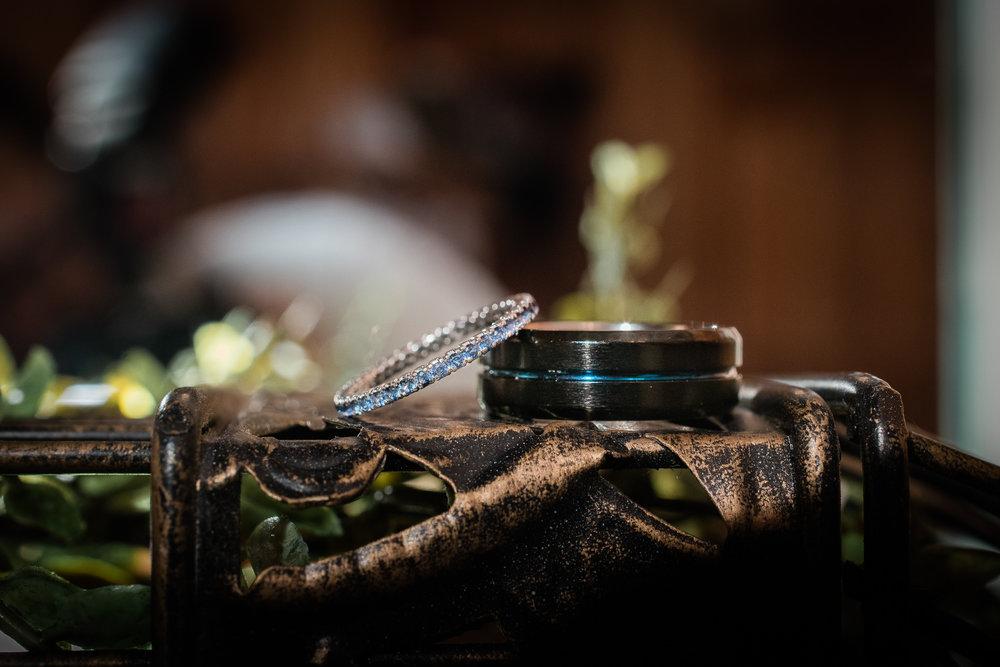 TAMPA_WEDDING_PHOTOGRAPHER_DRMZ_SPARROW_BARN_49.jpg