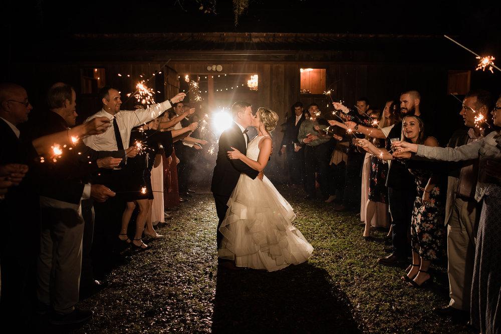 TAMPA_WEDDING_PHOTOGRAPHER_DRMZ_SPARROW_BARN_51.jpg