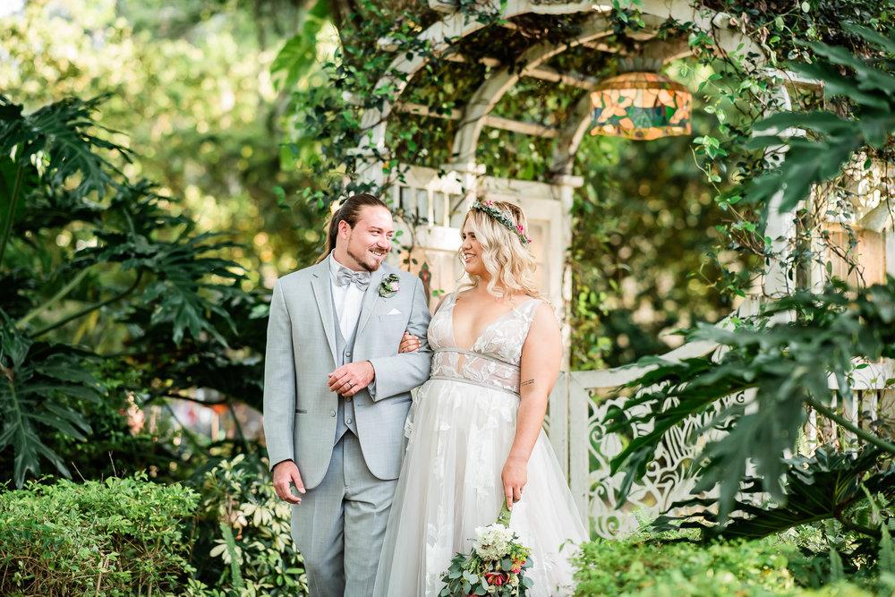 TAMPA_WEDDING_GIGIS_COUNTRY_GARDEN_CJMZ_Z85_9727.jpg
