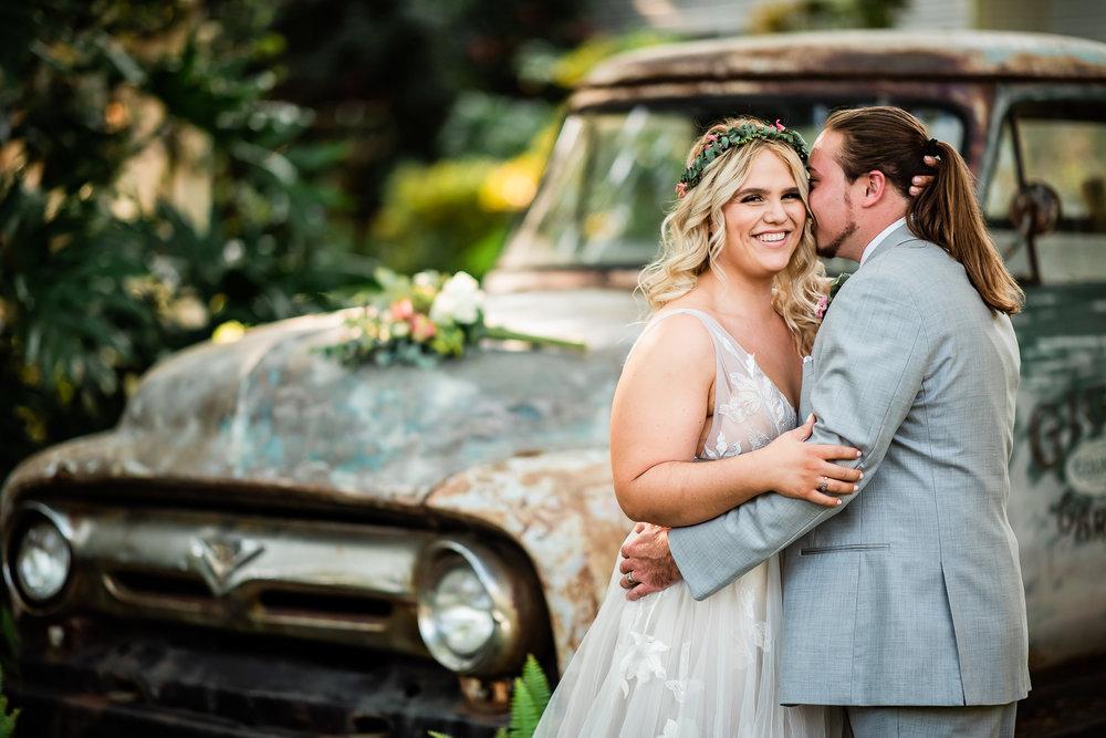 TAMPA_WEDDING_GIGIS_COUNTRY_GARDEN_CJMZ_Z85_9777.jpg