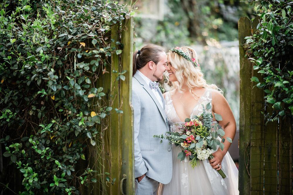 TAMPA_WEDDING_GIGIS_COUNTRY_GARDEN_CJMZ_Z85_9853.jpg