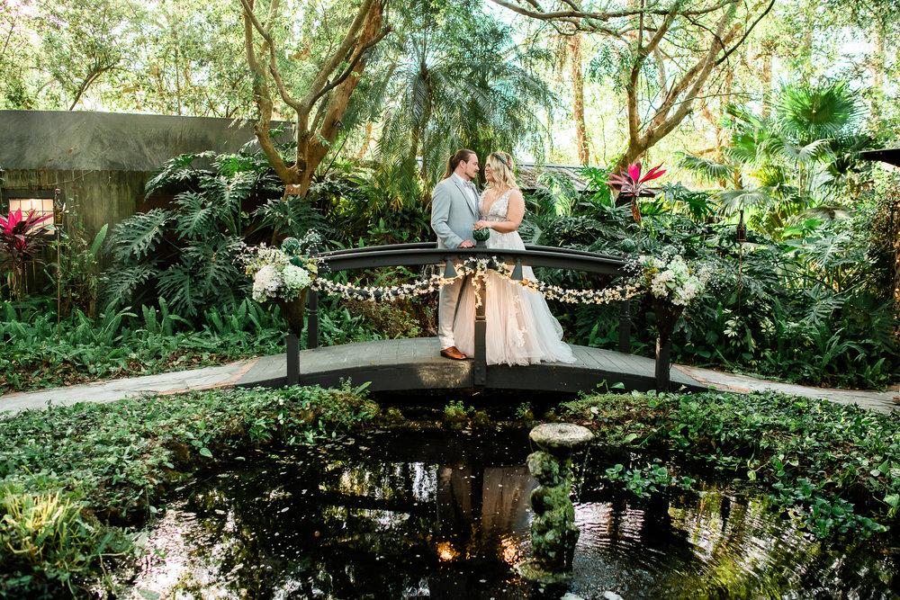 TAMPA_WEDDING_GIGIS_COUNTRY_GARDEN_CJMZ_D82_4847.jpg