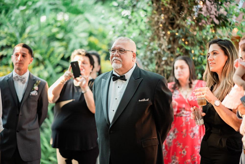 TAMPA_WEDDING_GIGIS_COUNTRY_GARDEN_CJMZ_Z85_0204.jpg