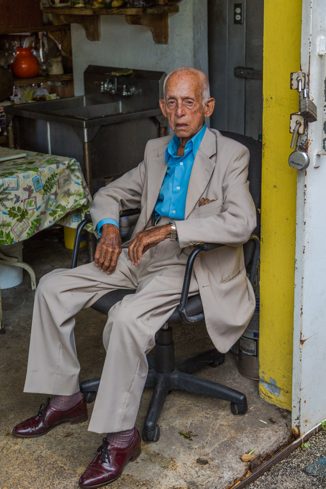 Paco, Cuban American. Came to the USA in the 60s. Original of Caibarién, central Cuba. Deceased.