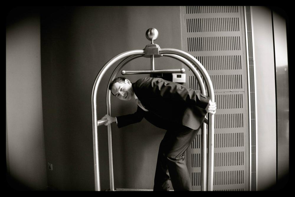 James & Reeja Farnborough hotel-44.jpg