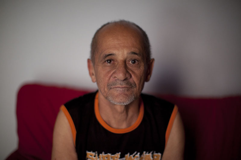 In 1989, José volunteered to give his blood to a friend injured in an accident, drunkenly forgetting that he had donated earlier the same day. He fainted as he left the hospital and had to receive his own blood transfusion.    That transfusion was contaminated with Hepatitis C.