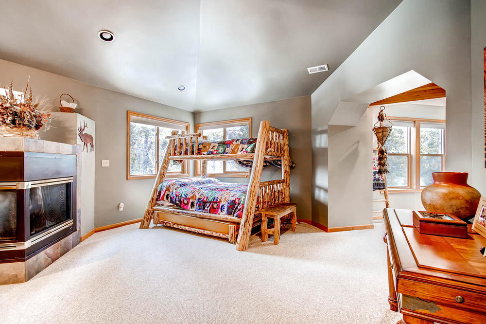 476 Deer Trail Dr Fairplay CO-large-018-2nd Floor Master Bedroom-1500x1000-72dpi.jpg