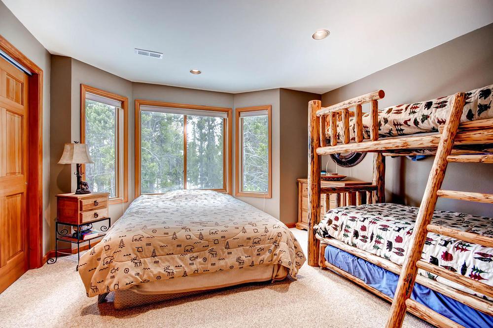 476 Deer Trail Dr Fairplay CO-large-027-2nd Floor Bedroom-1500x1000-72dpi.jpg