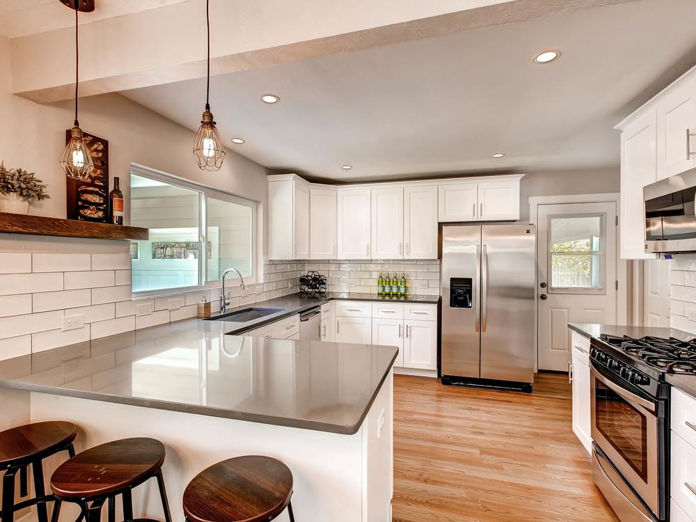 2521 S Bellaire St Denver CO-MLS_Size-008-11-Kitchen-2048x1536-72dpi.jpg