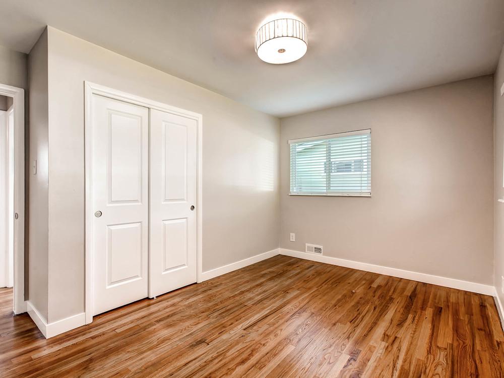 2521 S Bellaire St Denver CO-MLS_Size-015-19-Master Bedroom-2048x1536-72dpi.jpg