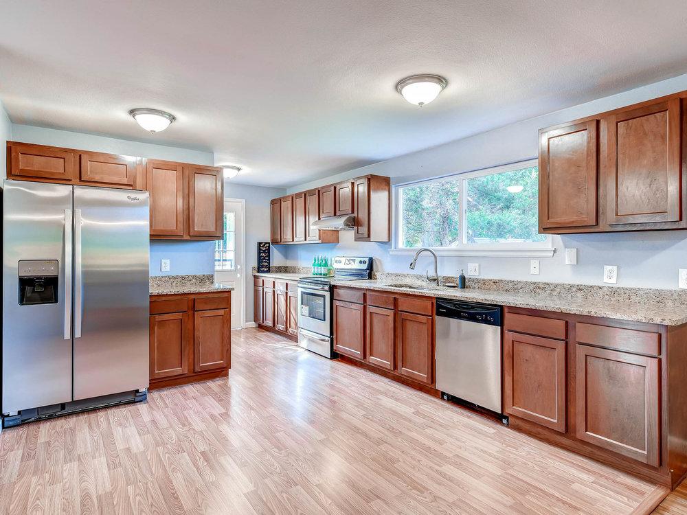 3951 E Dartmouth Ave Denver CO-MLS_Size-005-2-Kitchen-2048x1536-72dpi.jpg